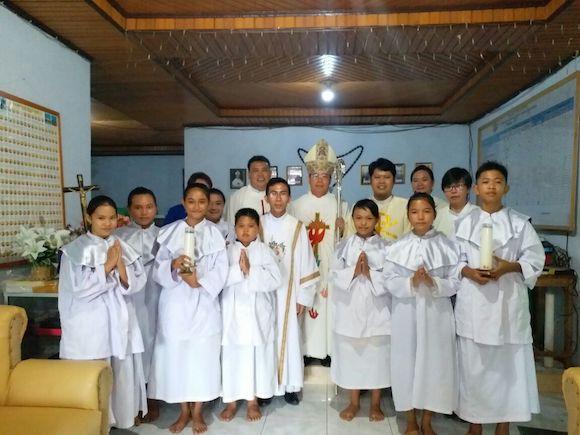 Uskup di Paroki Dumoga